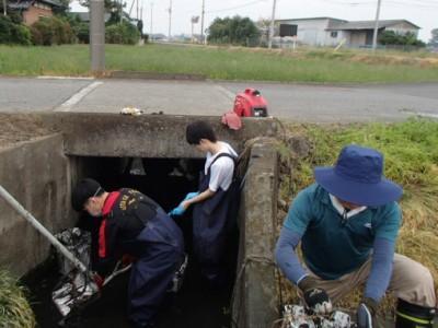 清掃活動で地域貢献