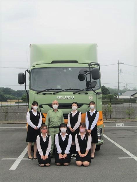 大型トラックドライバー(地場と中距離)【正社員募集】